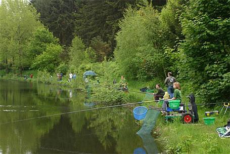 Initiation à la pêche - Pêche en Fête 2006 - Habay-la-Neuve