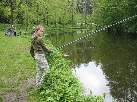 Initiation à la pêche Pêche en Fête 2006 - Habay-la-Neuve