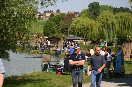 Brocante organisée à Tubize aux étangs de Coeurcq